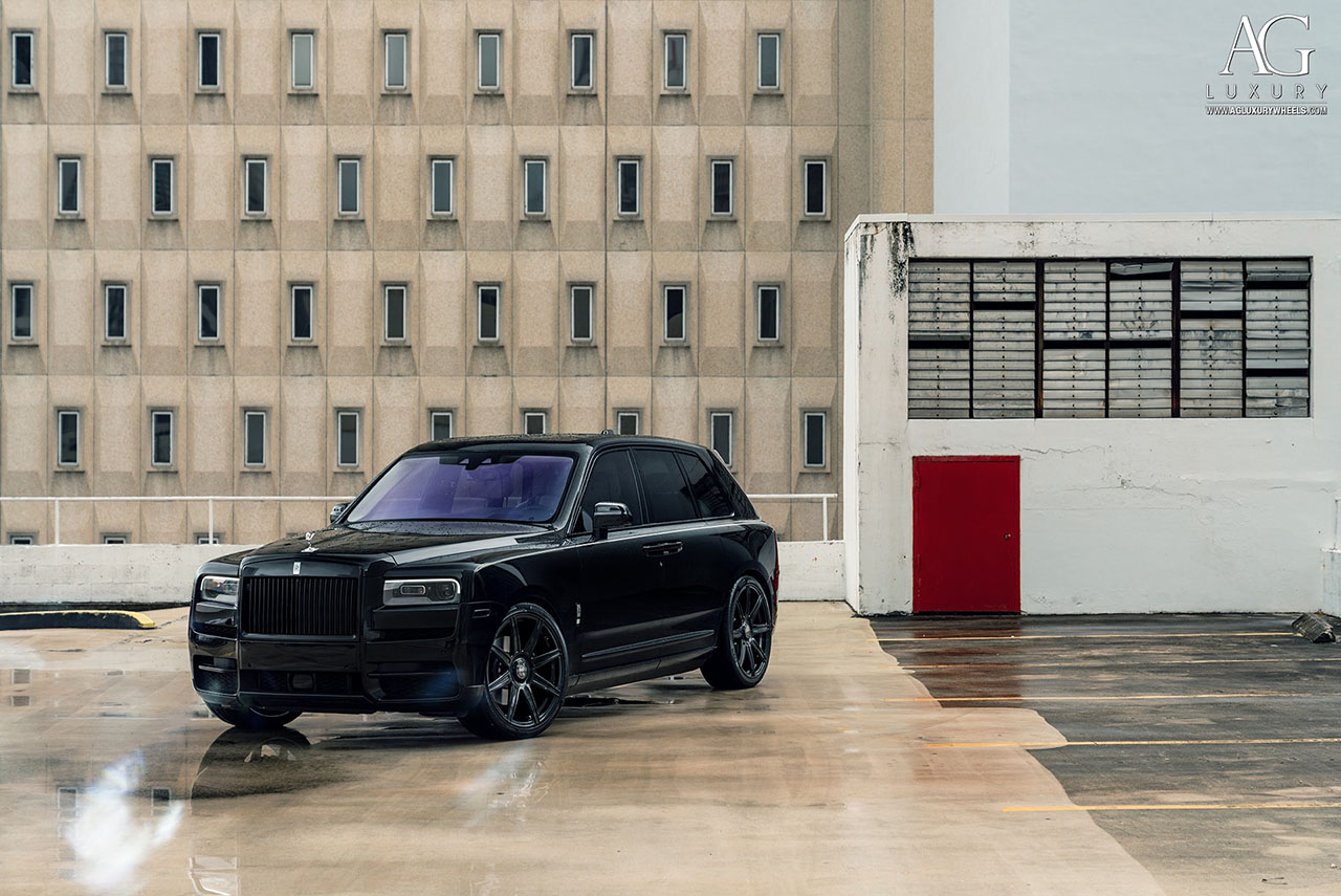 Rolls-Royce Cullinan on AGLuxury AGL22 Forged Monoblock Wheels