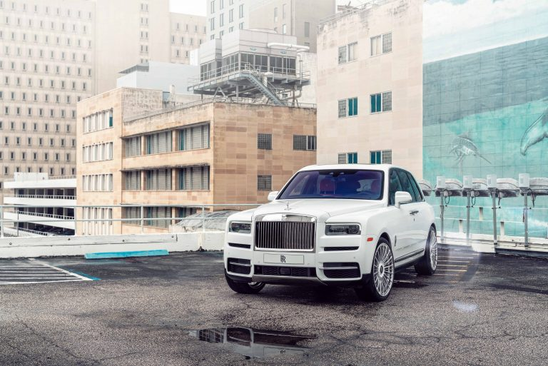 Rolls-Royce Cullinan on AG Luxury Wheels AGL63