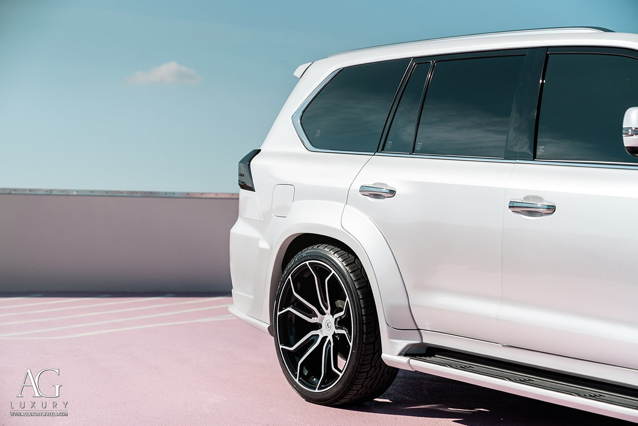 white wald kit lexus lx570 agluxury wheels agl32 monoblock two-tone gloss black 24in 24inch custom concave forged forgiato vellano hre vossen