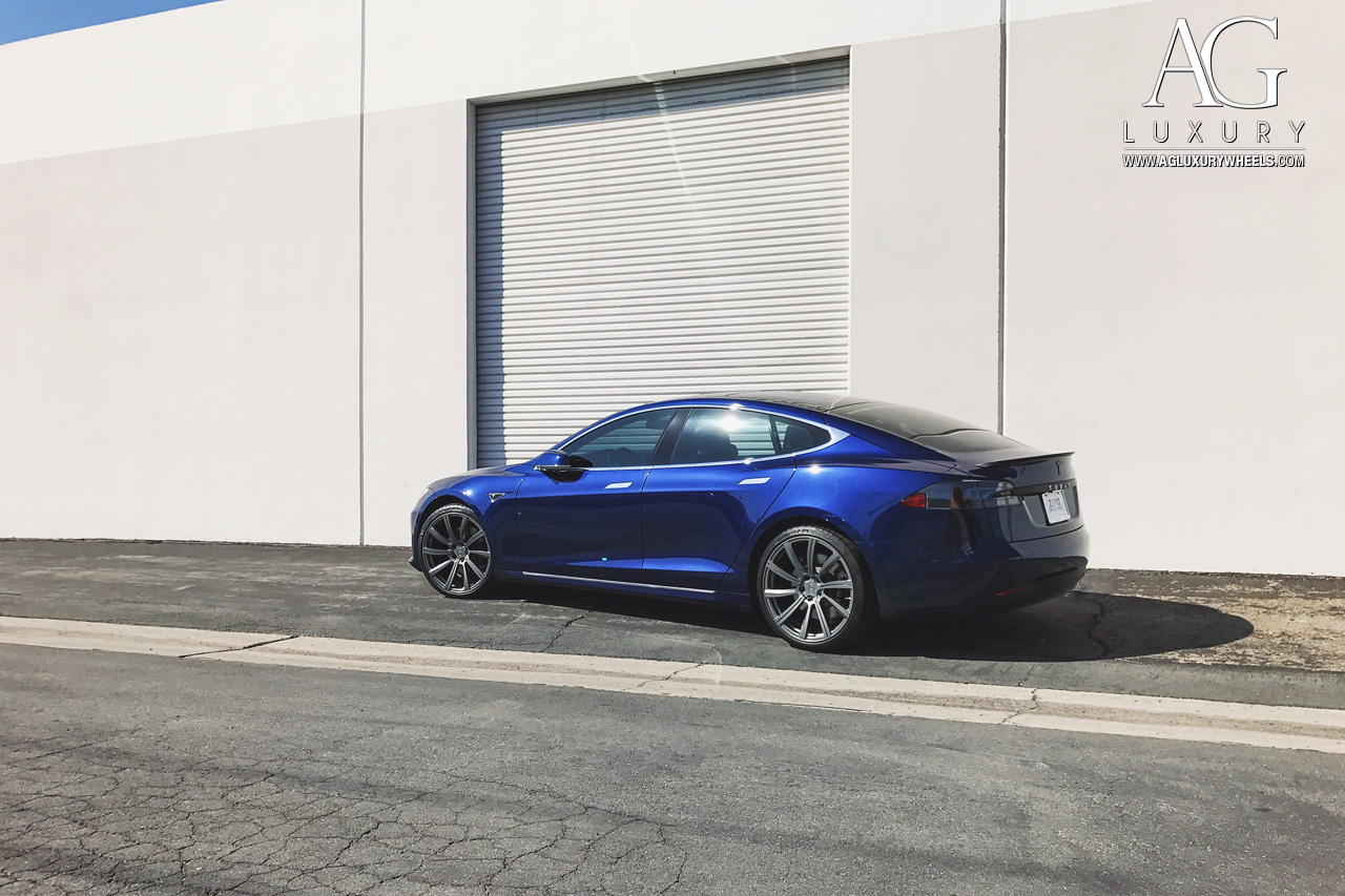 blue tesla model s 21 inch forged monoblock directional staggered concave gunmetal wheels